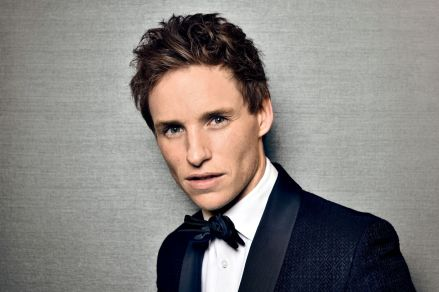 Eddie_Redmayne_Featured